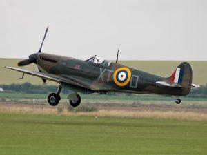 spitfire_iia_p7350